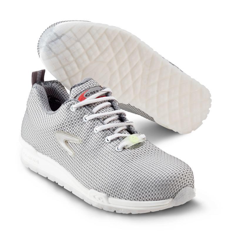 COFRA 7200 White ESD sikkerhedssko. Sneakers design. Slidstærk. Let.